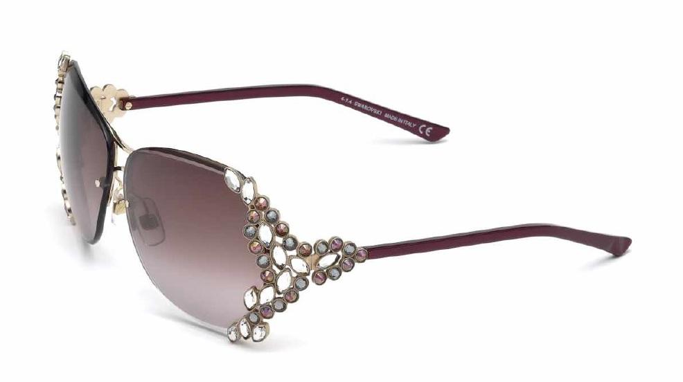 Óculos Swarovski são exclusividade da nova ótica Foernges - Foto  Divulgação 4e70f95d81
