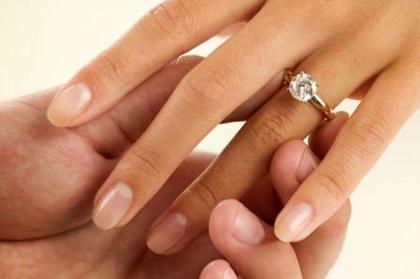 915bea65348 anel de noivado - Foto  Divulgação