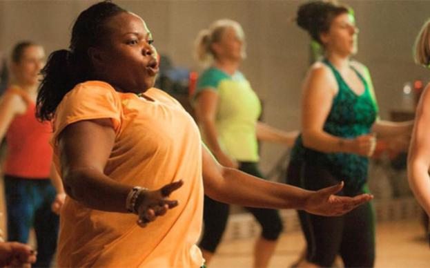 """O vídeo busca incentivar mulheres que não possuem o """"corpo perfeito"""" à pratica de esportes - Foto: Reprodução/Youtube"""