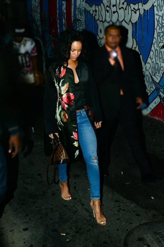 Rihanna kimono - Foto: Divulgação
