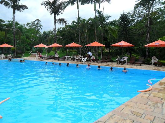 piscina externa 2