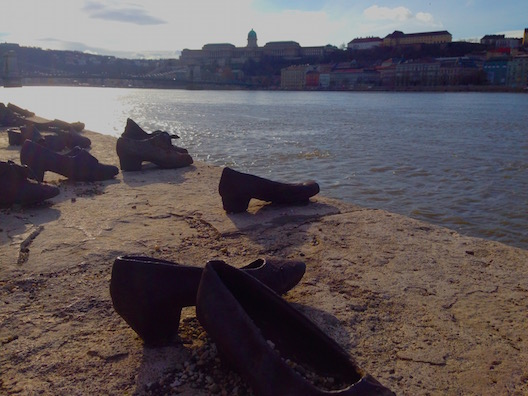 Memorial dos Sapatos Judeus