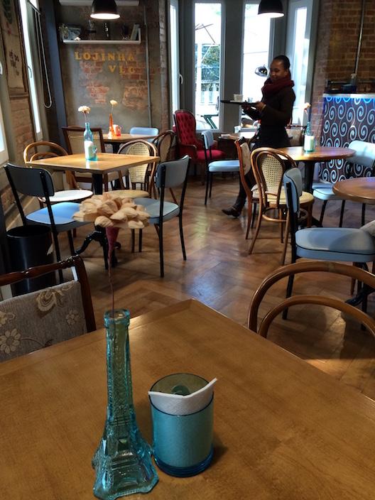 Vive Le Café - 100
