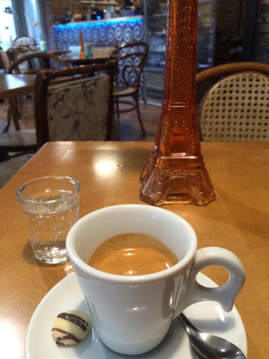 Vive Le Café - 105