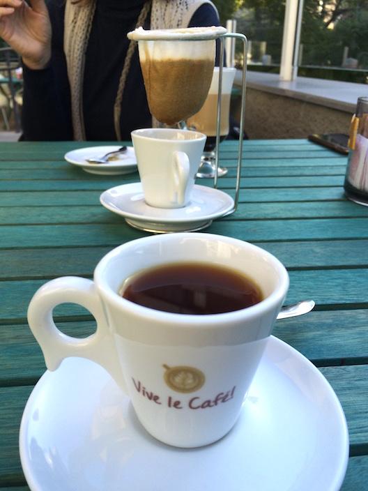 Vive Le Café - 14