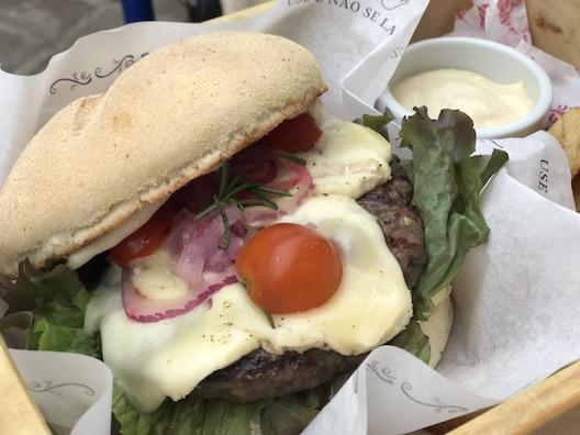 Le Grand Burger - 15