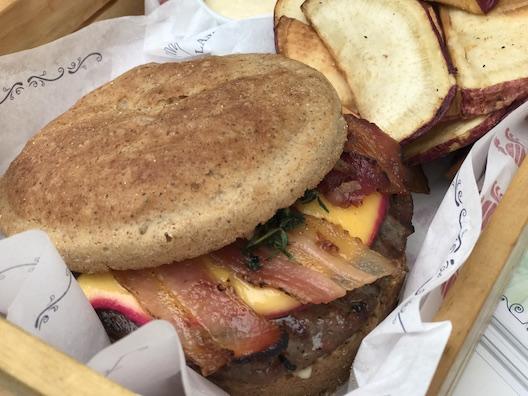Le Grand Burger - 18