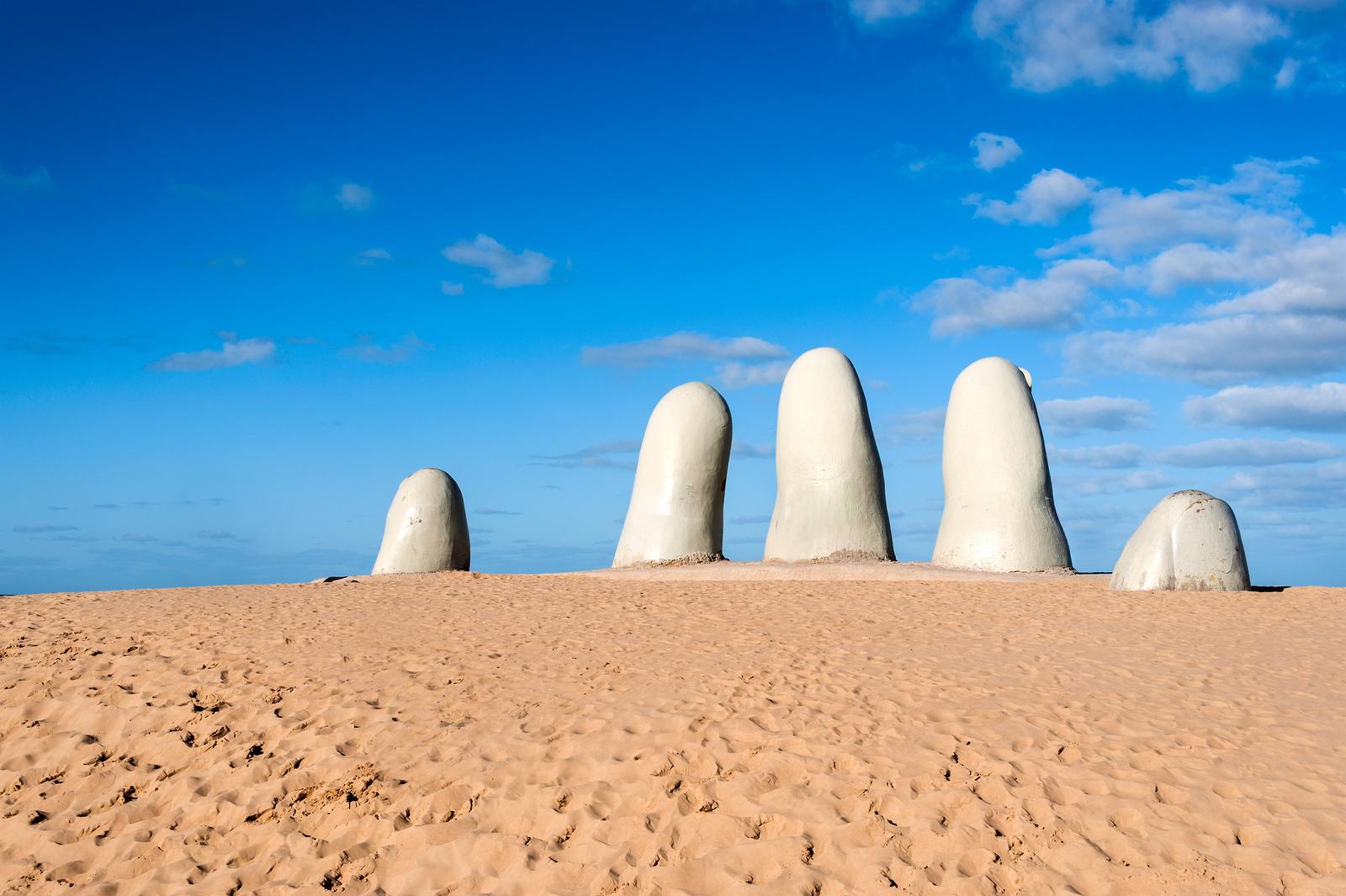 dedos punta del este Uruguay