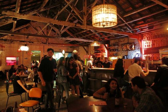 Agulha Bar