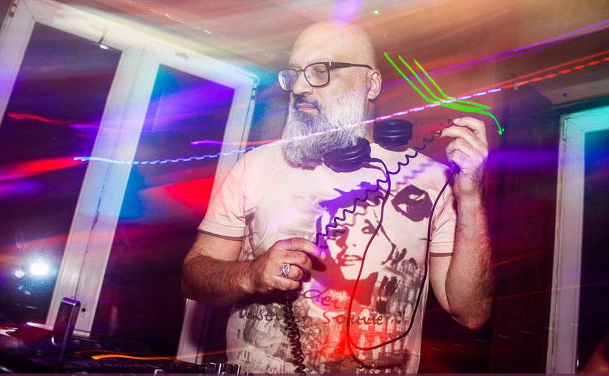 Balone com DJ Roger Lerina