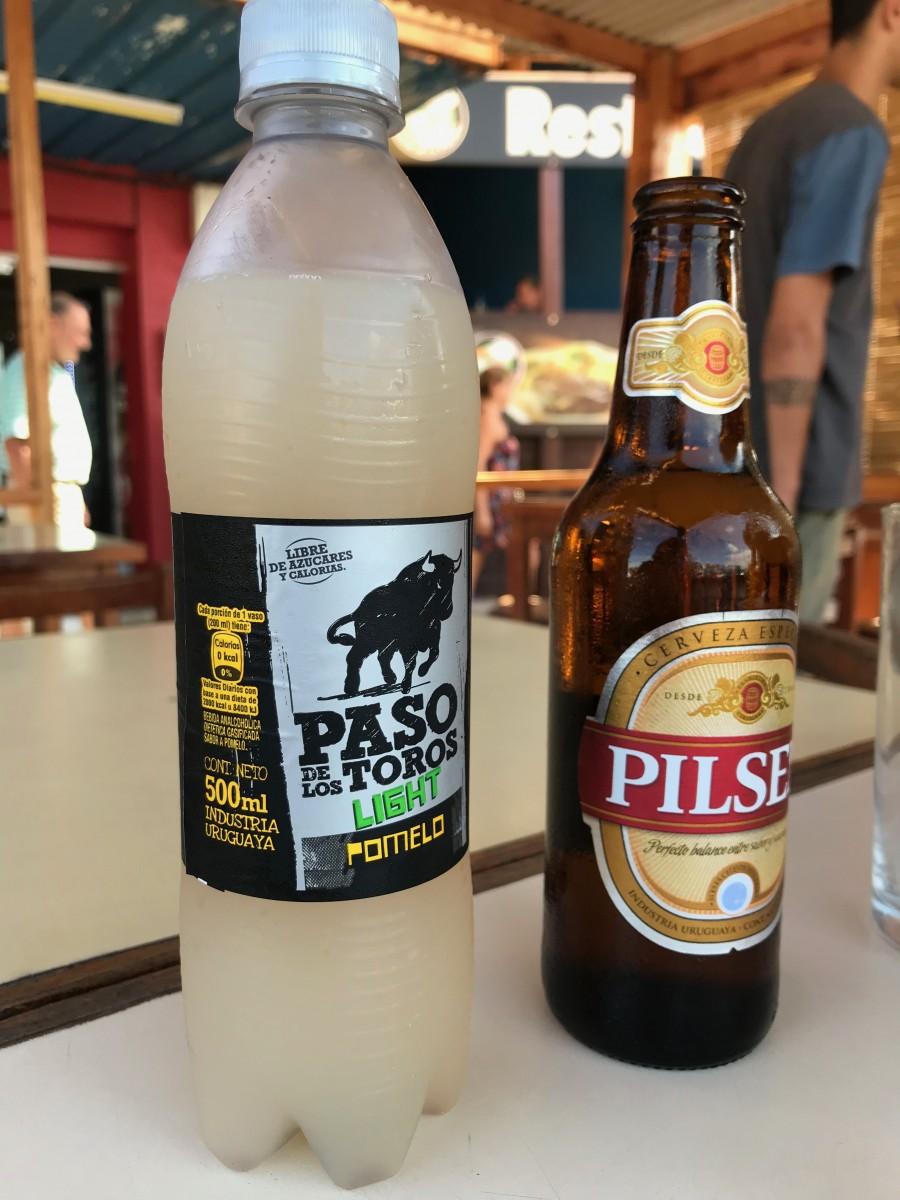 bebida de pomelo e cerveja pilsen