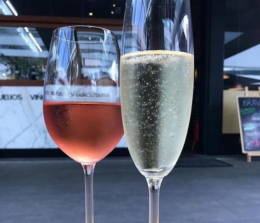 Open de espumantes e vinhos rose no Brava